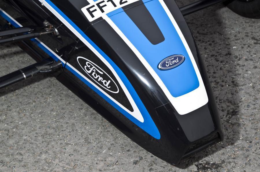 Formula Ford nose