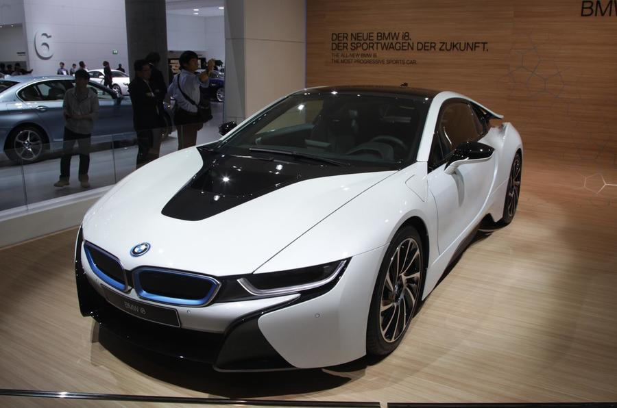 BMW i3 and i8 materials to be shared