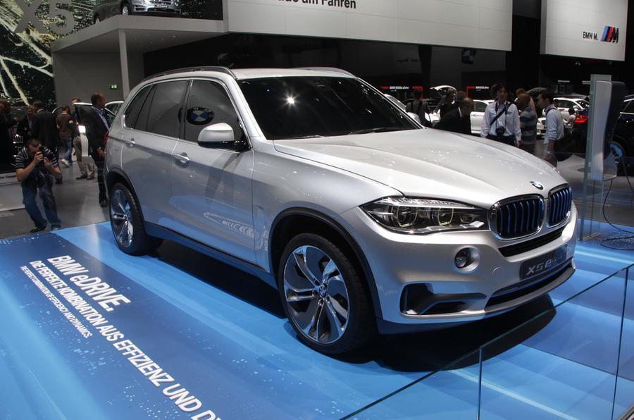 Frankfurt motor show 2013: BMW Concept X5 eDrive