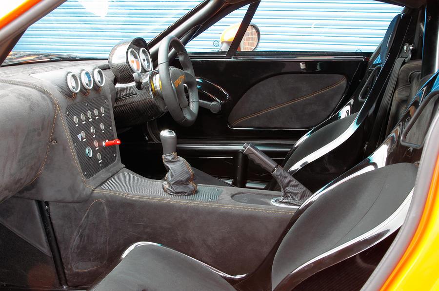 ginetta g40 interior autocar. Black Bedroom Furniture Sets. Home Design Ideas