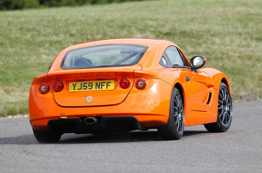 Ginetta G40 rear cornering