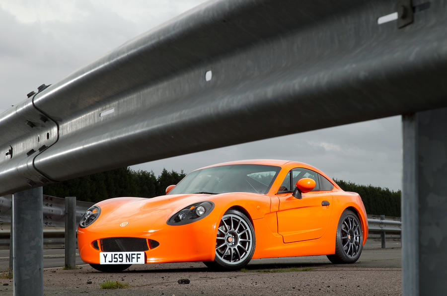 Ginetta G40 Review  2017