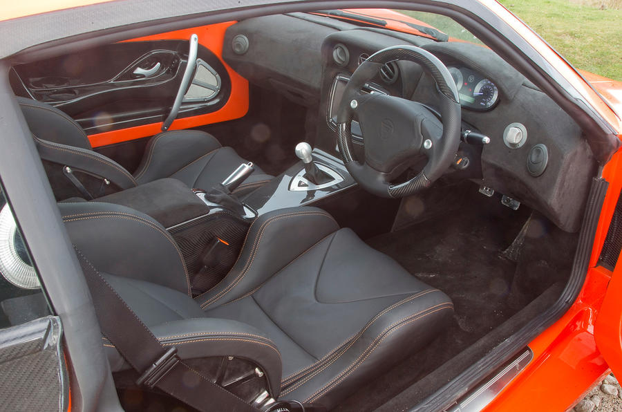 Ginetta G60 interior