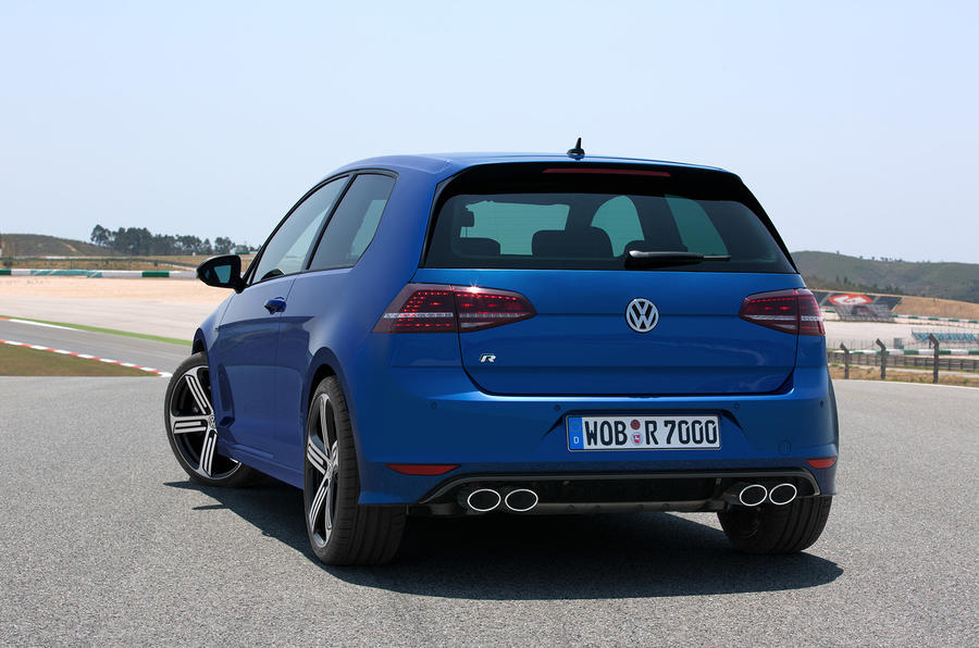 New Volkswagen Golf R revealed