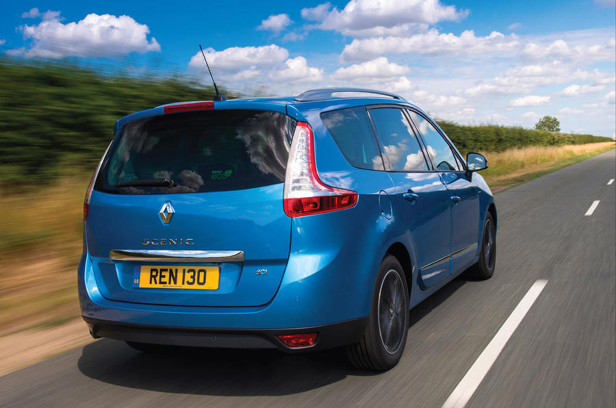 Renault Grand Scenic rear quarter