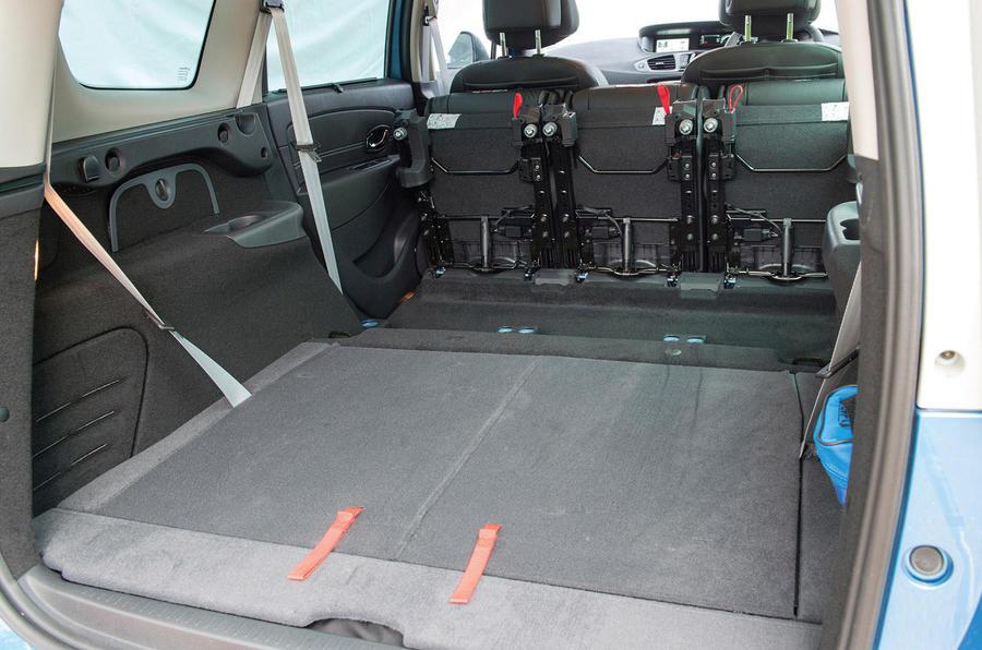 Renault Grand Scenic seat flexibility