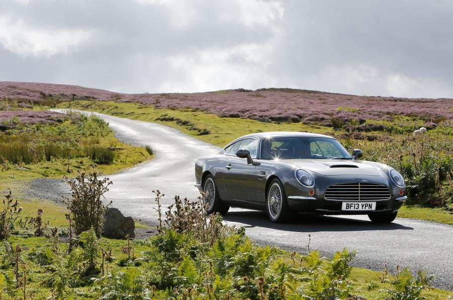 DB Speedback GT cornering