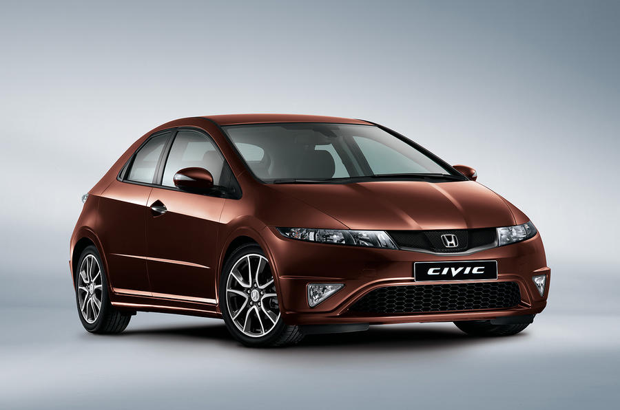 Honda facelifts Civic range