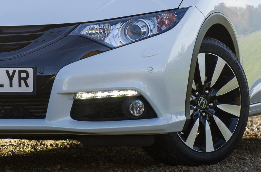 The Honda Civic follows the unusual trend of separate LEDs  DRLs