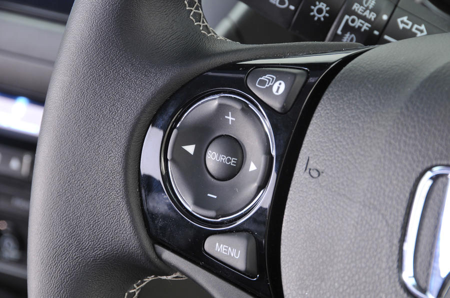 Honda Civic steering wheel audio controls