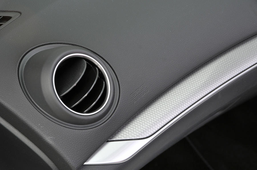Honda Civic Tourer air vents