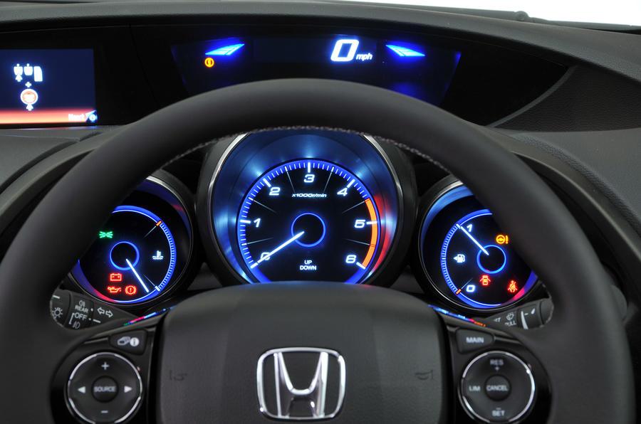 Honda Civic Tourer instrument cluster