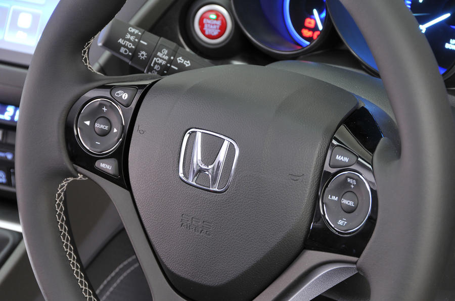 Honda Civic Tourer steering wheel controls