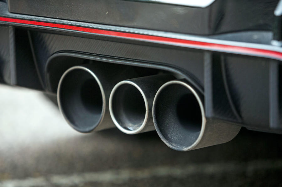 Honda Civic Type R triple exhaust