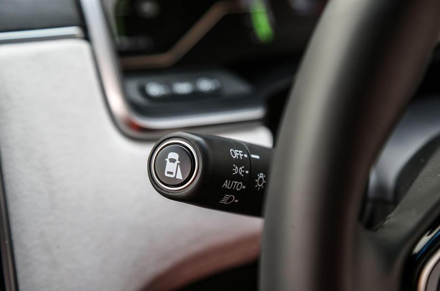 Honda Clarity FCV switchgear