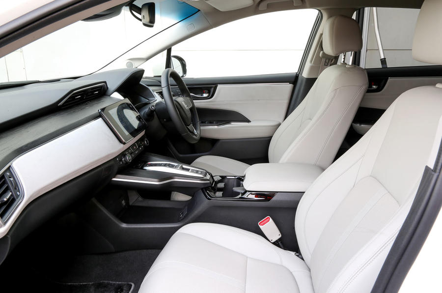 Honda Clarity FCV interior