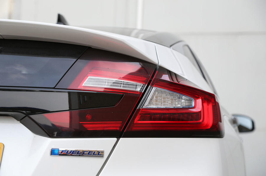 Honda Clarity FCV rear light