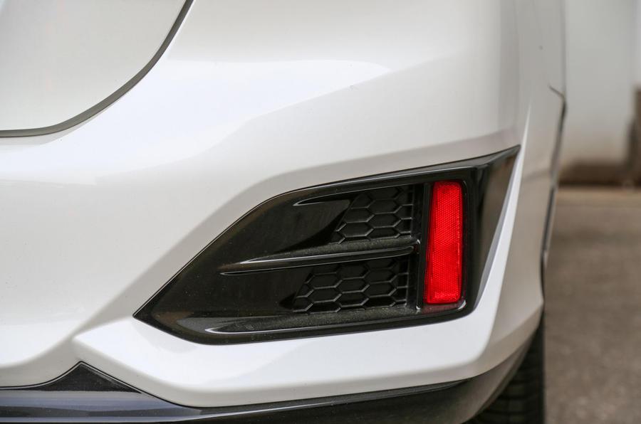 Honda Clarity FCV rear air vent