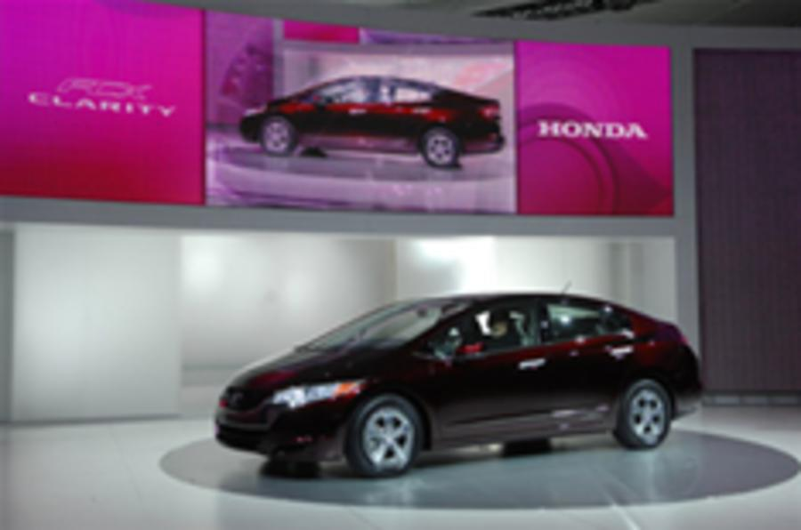 LA show: Honda's fuel cell first