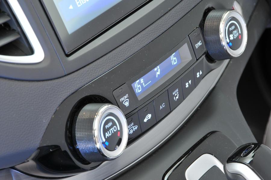 Honda CR-V climate control