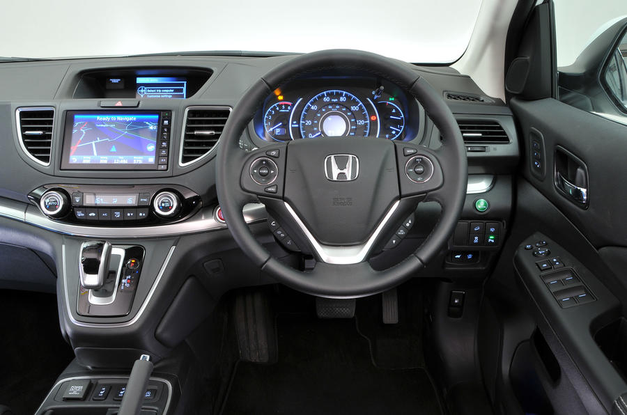 Honda cr v interior autocar for Interior honda crv