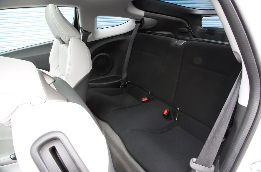honda cr z 2010 2013 review autocar. Black Bedroom Furniture Sets. Home Design Ideas