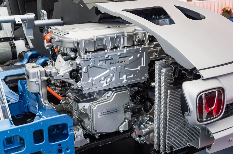 Honda FCV Clarity hydrogen engine