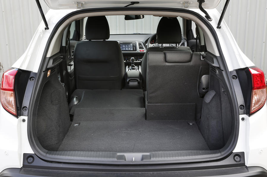 A view of the commendably spacious boot of the Honda CR-V