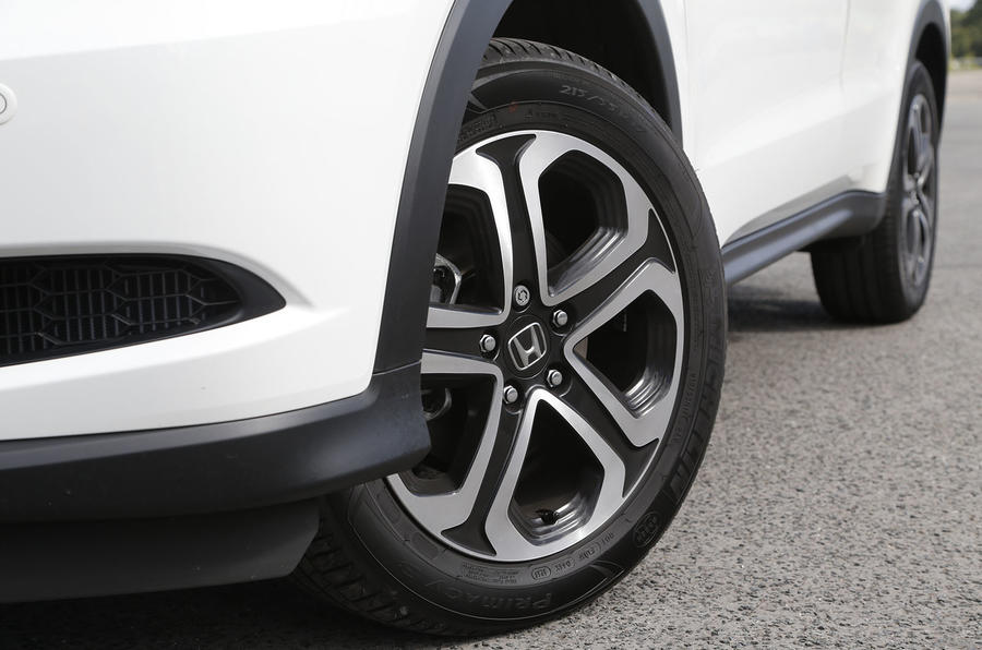The Honda HR-V comes with 16in alloys in base trim, but higher specs get 17s