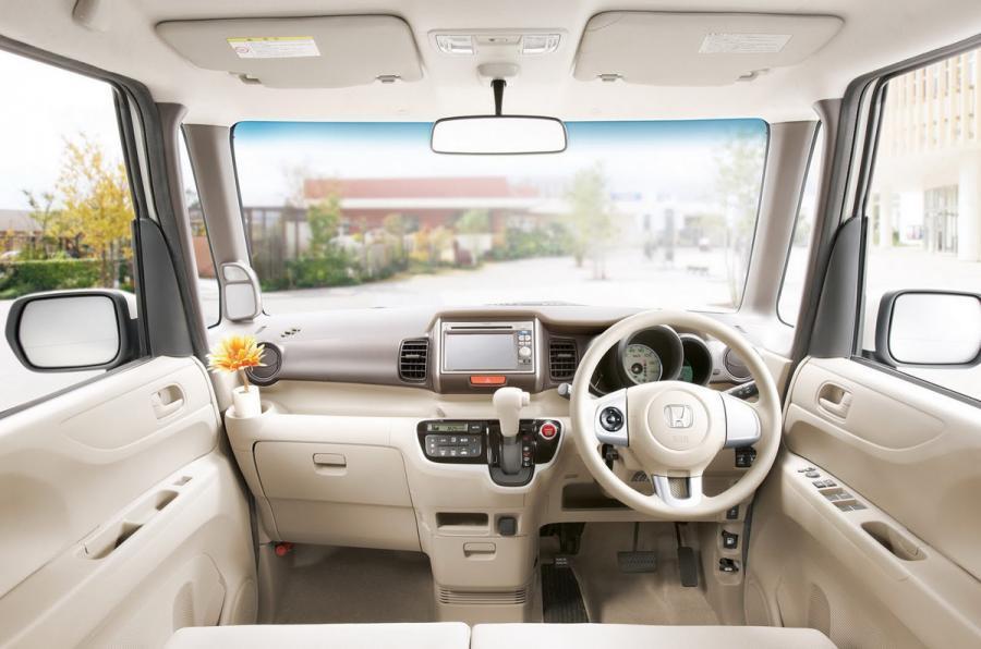 Honda N Box front seats