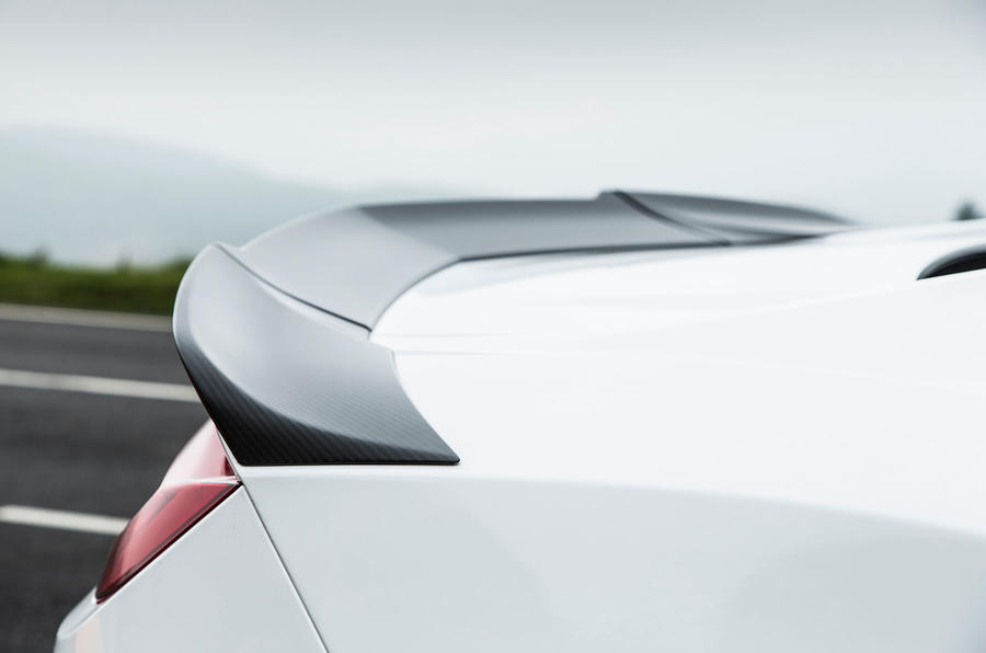Honda NSX rear spoiler