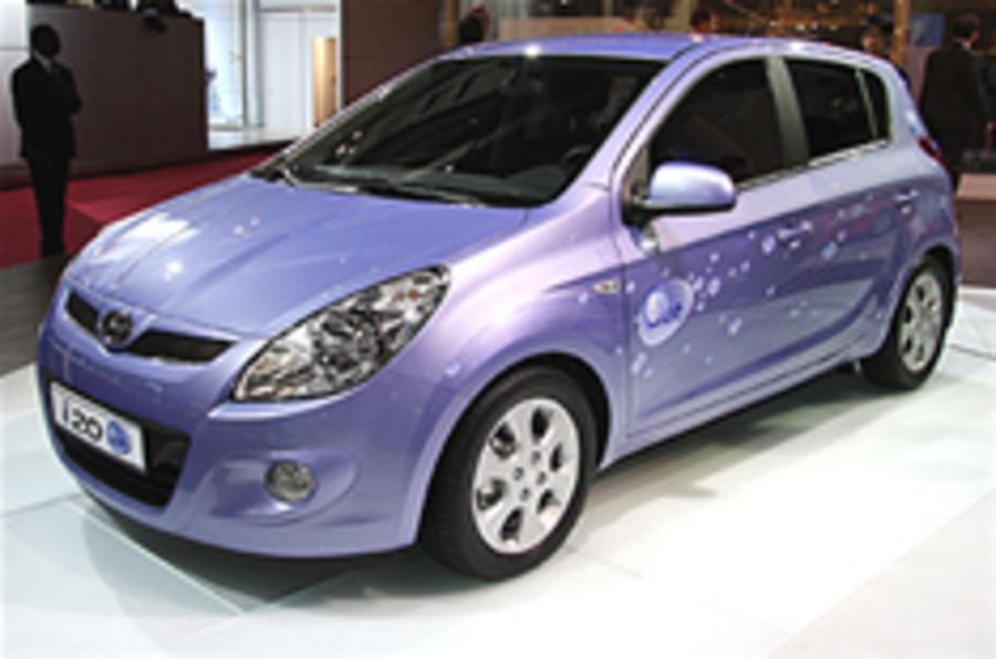 Paris show: Hyundai i20