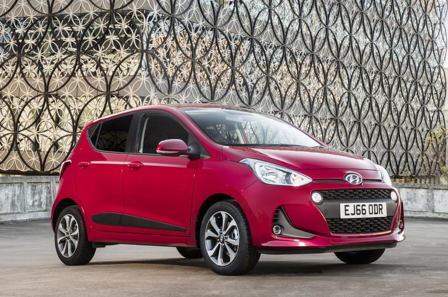 3.5 star Hyundai i10