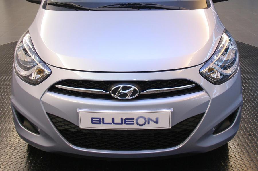 Revised Hyundai i10 revealed