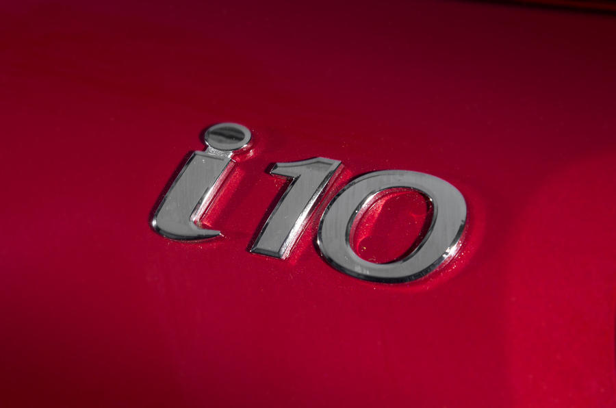 Hyundai i10 badging