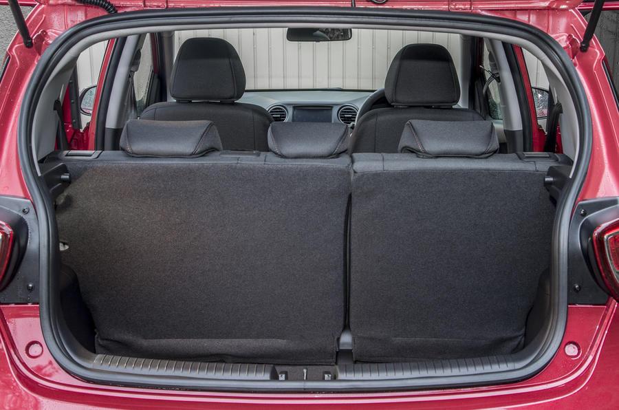 Hyundai i10 boot space