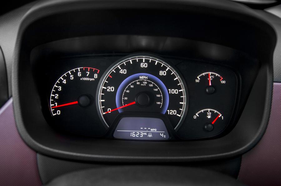 Hyundai i10 instrument cluster