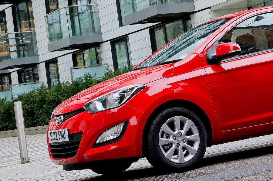 Hyundai i20 front end