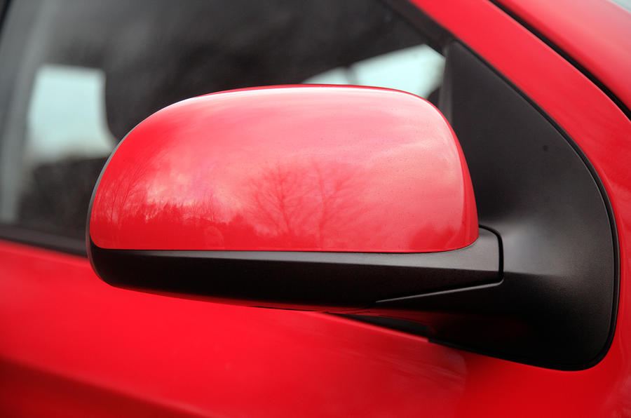 Hyundai i20 wing mirror