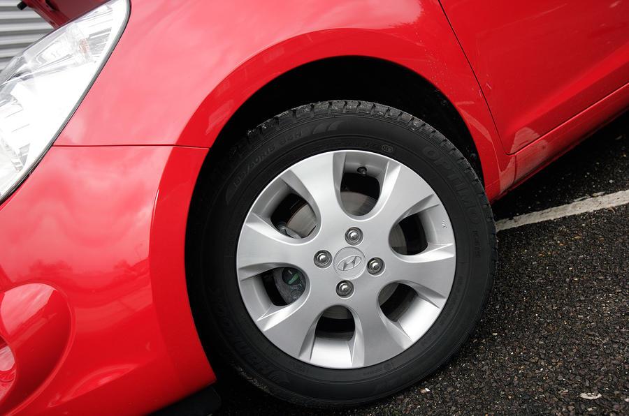 Hyundai i20 steel wheels