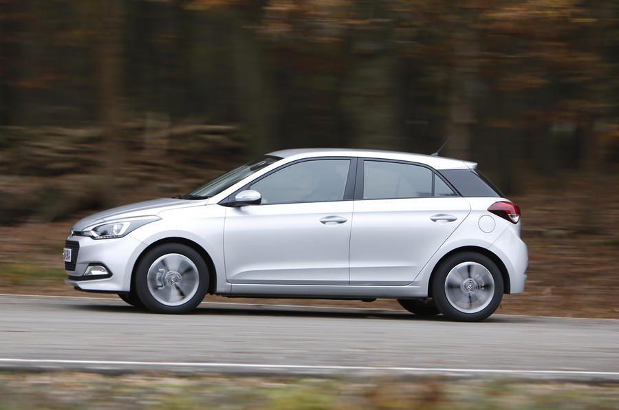 Hyundai i20 side profile