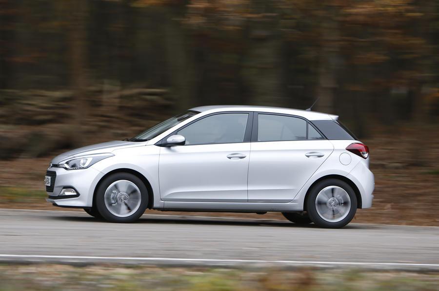 Hyundai i20 side profile