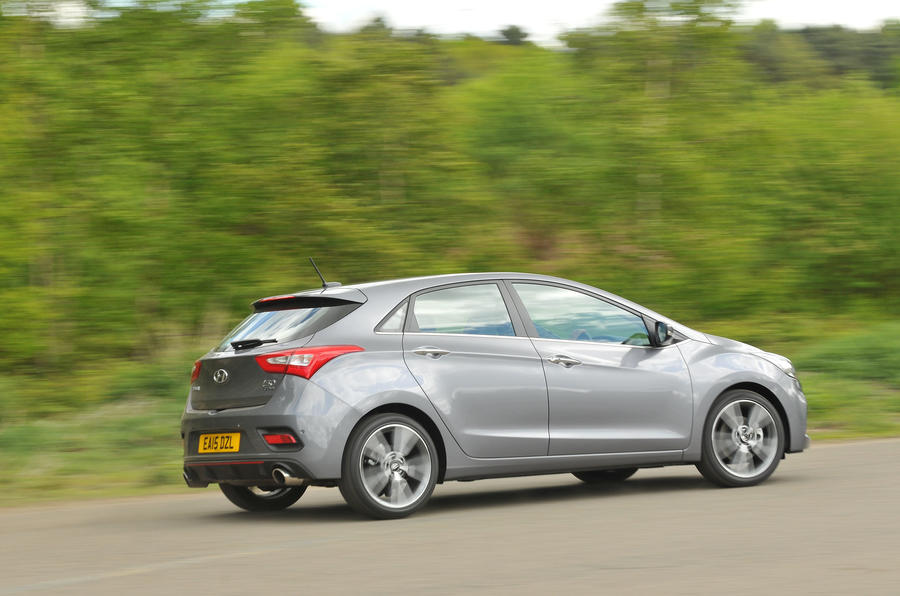Hyundai i30 Turbo rear cornering