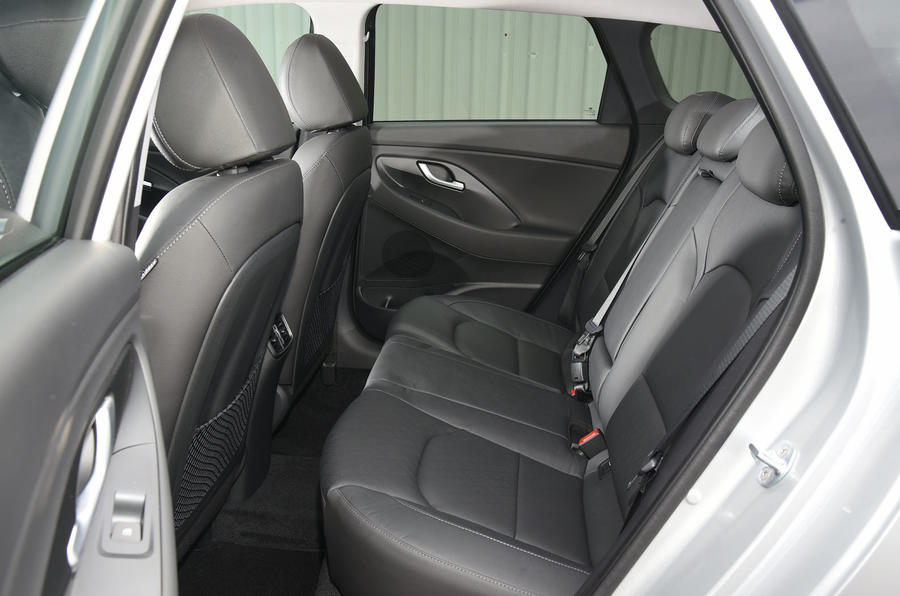Hyundai i30 rear seats