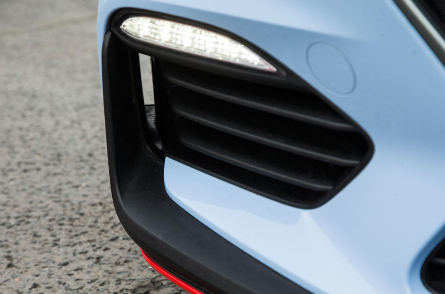 Hyundai i30 N day-running-lights