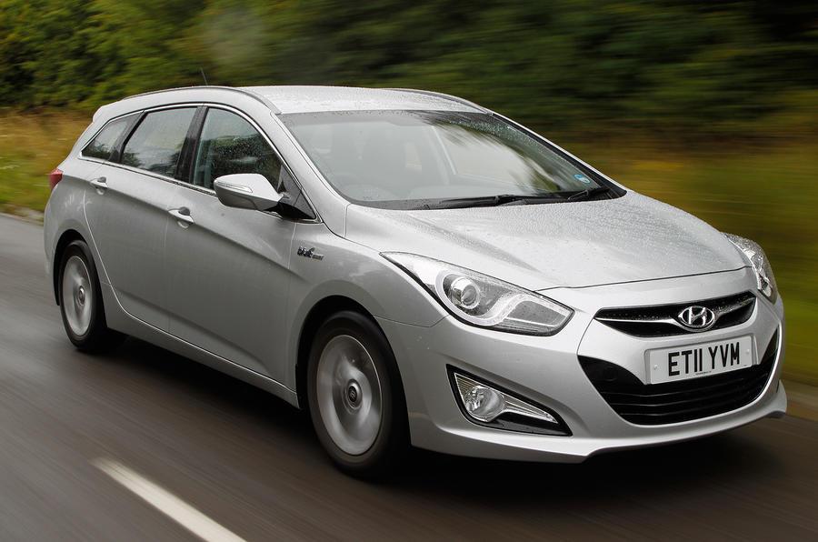 Hyundai i40 Tourer front quarter