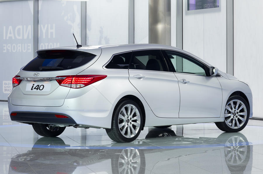 Hyundai reveals new i40