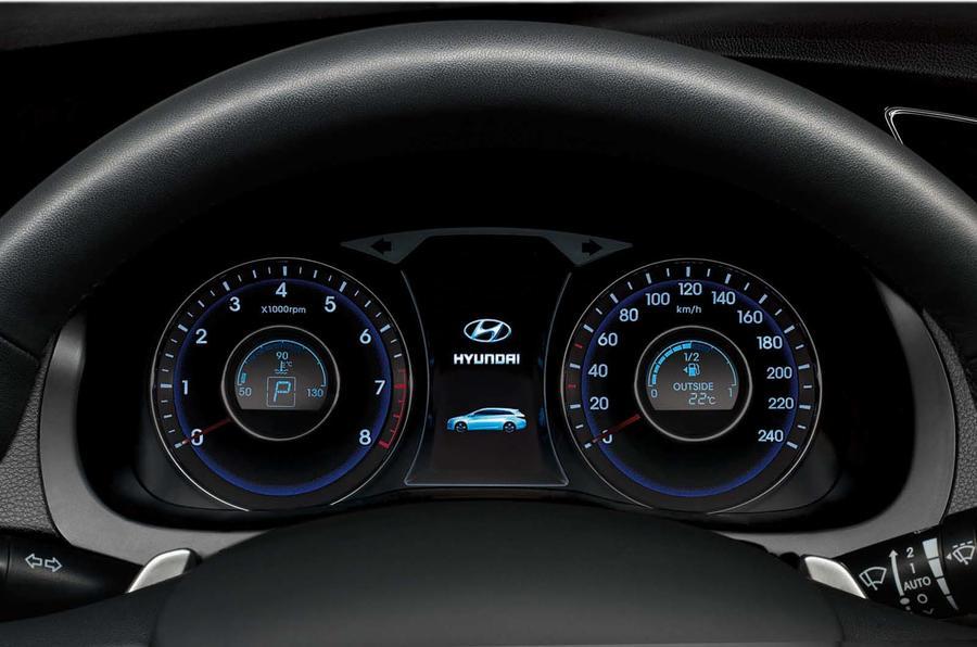 Hyundai reveals new i40