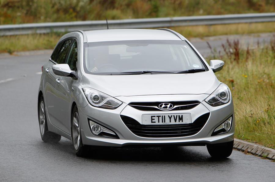 Hyundai i40 Tourer cornering