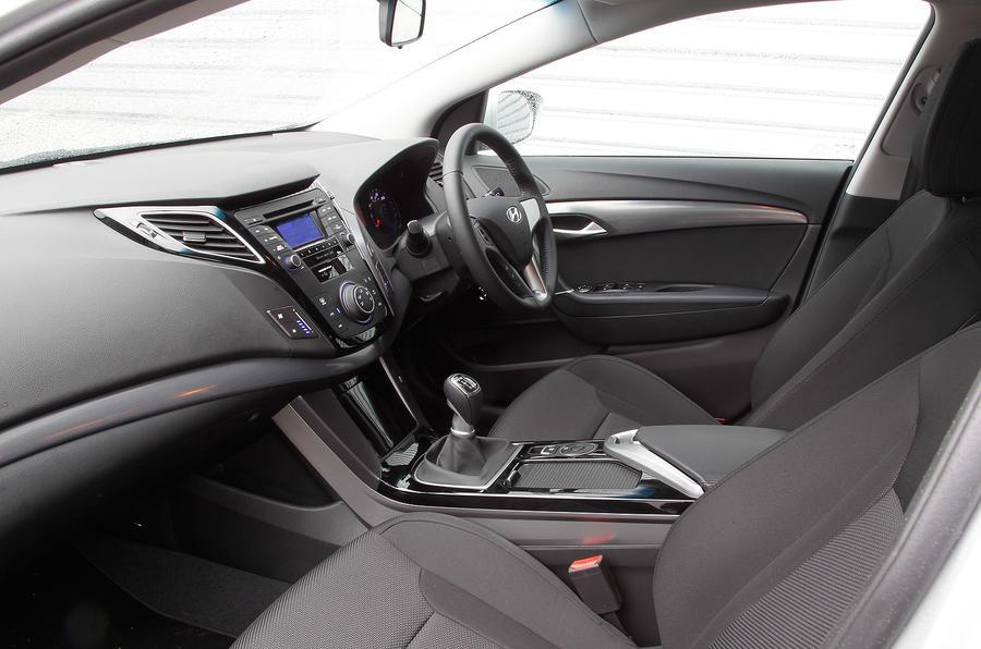 Hyundai i40 Tourer front seats